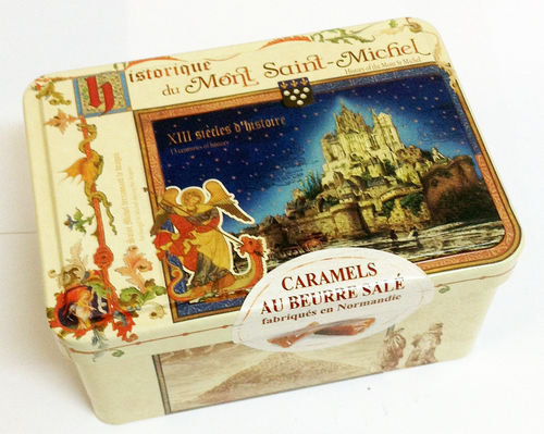 Caramel sweets - historical decor